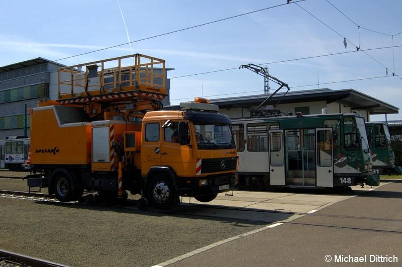 Bild: Fahrleitungsrevisonswagen der ViP.