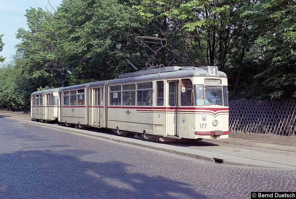 Noch einmal Tw 177 mit seinem Beiwagen, diesmal in Babelsberg.