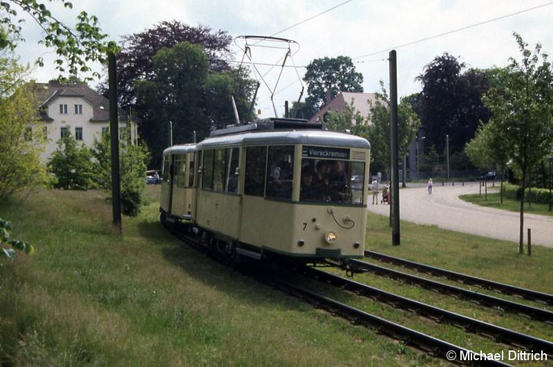 Bild: Der Wagen 7 der Woltersdorfer Straßenbahn war der zweite Wagen im Fahrzeugkorso.