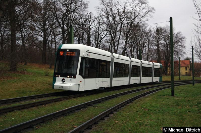 Bild: 423 als Linie 92 in Höhe der ehem. Endstelle Kapellenberg.