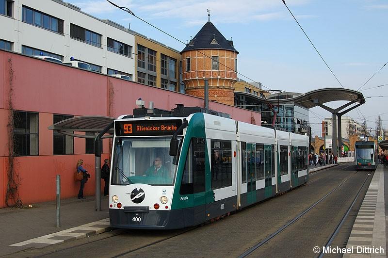 Bild: 400 als Linie 93 am Hauptbahnhof.