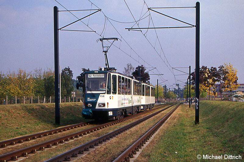 Bild: 158 und 258 als Linie 92 in der Kiepenheuer Allee.