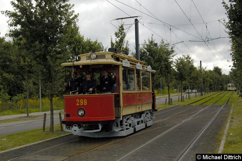 Bild: Wagen 299 aus Mariazell erreicht in wenigen Sekunden die Haltestelle