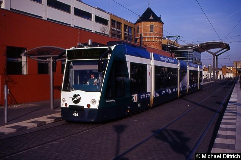 414 als Linie 92 an der Haltestelle Hauptbahnhof.