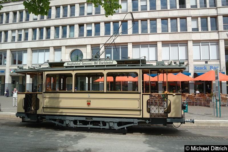 Bild: Wagen 9 am Platz der Einheit/Nord.