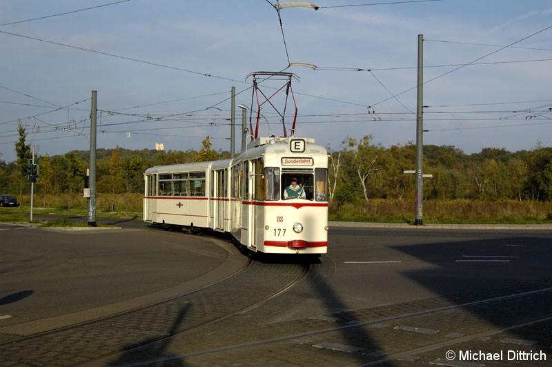 Bild: 177 als TRAMTours 2007 auf der Kreuzung Georg-Hermann-Str./Kiepenheuer Allee.