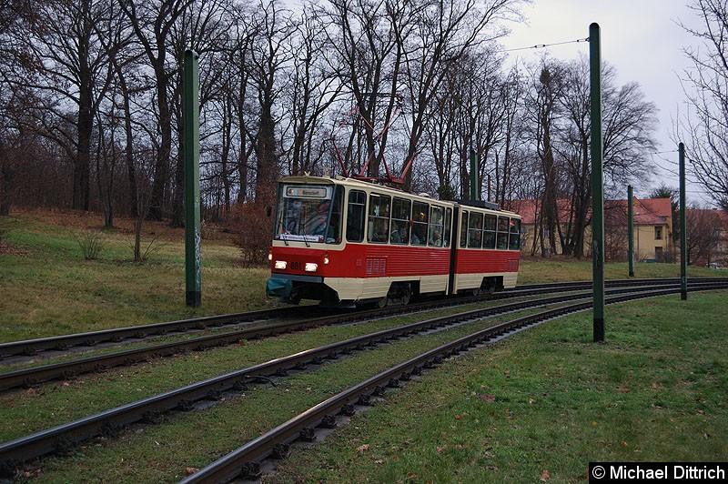 Bild: 001 als ViP Glühwein-Express in Höhe der ehem. Endstelle Kapellenberg.
