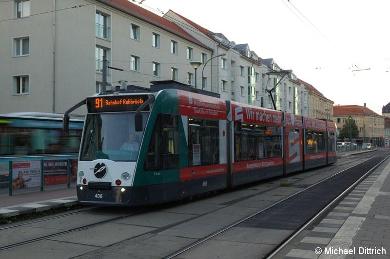 Bild: 406 als Linie 91 am Platz der Einheit.