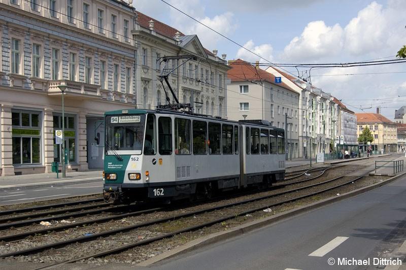 Bild: 162 als Linie 94 am Platz der Einheit.