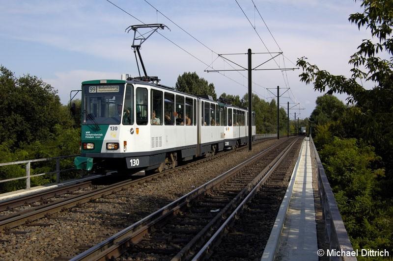 Bild: 130 und 230 als Linie 99 kurz vor der Haltestelle Abzweig Betriebshof ViP.