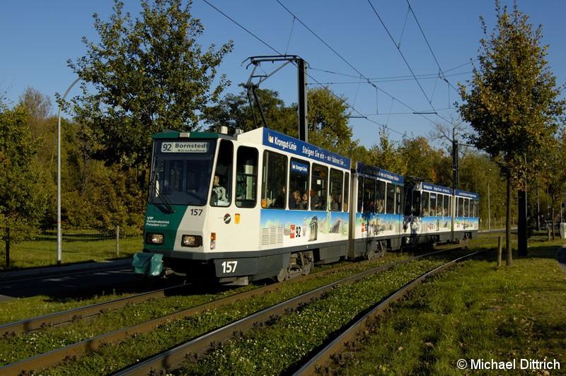 Bild: 157 und 257 haben als Linie 92 die Haltestelle Am Schragen verlassen.