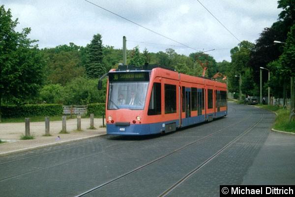 Bild: Der Combino-Prototyp beim Fahrzugkorso am 22. Mai 2005 in der Puschkinallee