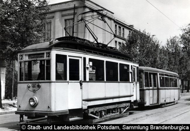 Bild: Wagen 15 mit einem LOWA-Beiwagen